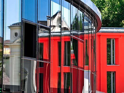 Sonderreinigung Glasfassaden